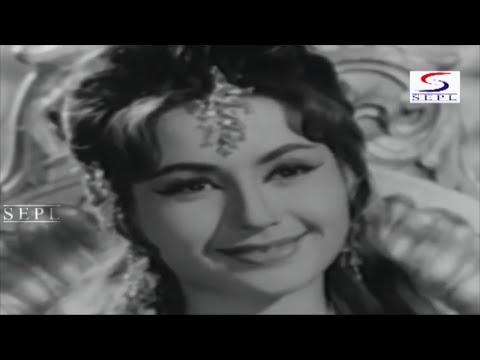 Abhi Kamsin Ho Naadan Ho | Mohammed Rafi @ Aaya Toofan | Dara Singh, Helen