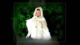 Греция шубки, меха...(Друзья!!! гуляя по п/о Ситония (п/о Халкидики Греция) посетите уютный городок Неос Мармарас и непременно зайд..., 2016-06-30T23:53:56.000Z)
