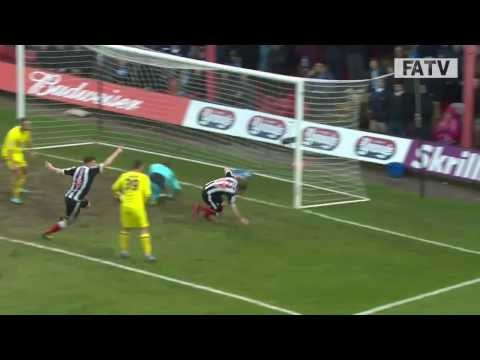 Grimsby Town Vs Huddersfield Town