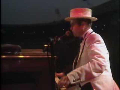 Elton John   I'm Still Standing