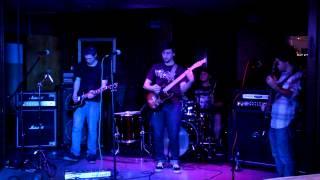10 Paces - Desperate Serenade (Live)