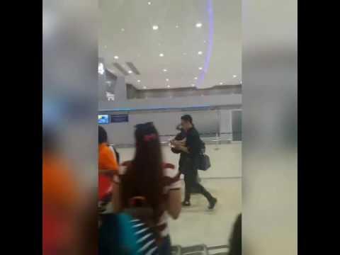 ตั้ม วราวุธ ขามา งานอิออน @สนามบินดอนเมือง 25.09.2016