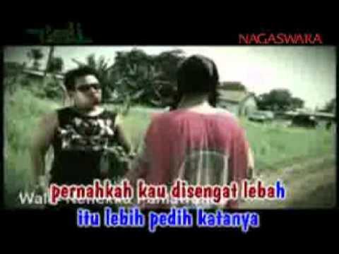 Wali Band - Nenekku Pahlawanku (Video Clip + Lyrics)
