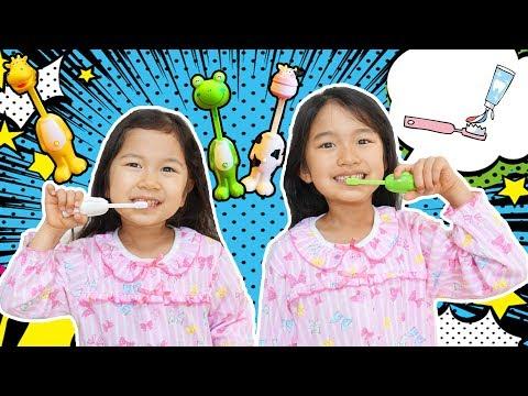 たまごの中身はなんだろう?アニマル歯ブラシで歯磨きシュシュシュ☆himawari-CH