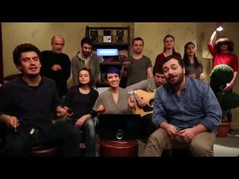 Pinhani - Hele Bi' Gel / #akustikhane Toy Sessions