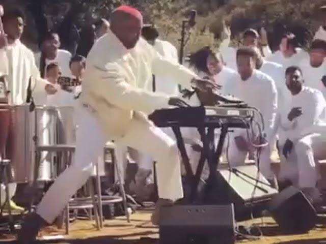 Kanye West Sunday Service Dank Ass Meme (Rick Rolled)