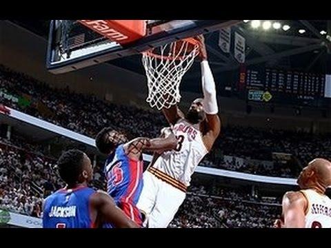 fc7e8942e295 LeBron James Posterizes Reggie Bullock! - YouTube