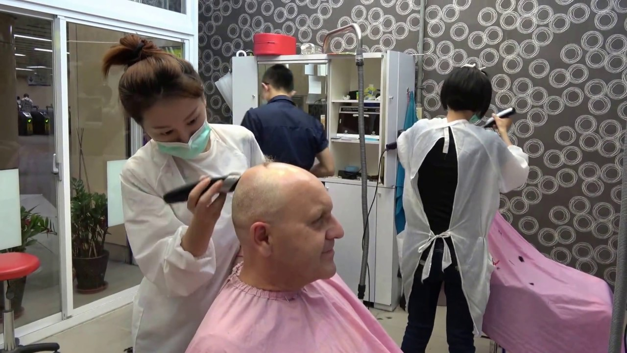 High Speed Haircut High Speed Railways Station Taiwan 9 June 2016