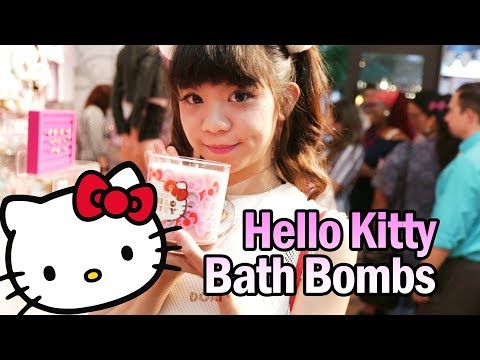 Hello Kitty Bath Bombs with Jewelry from the United States