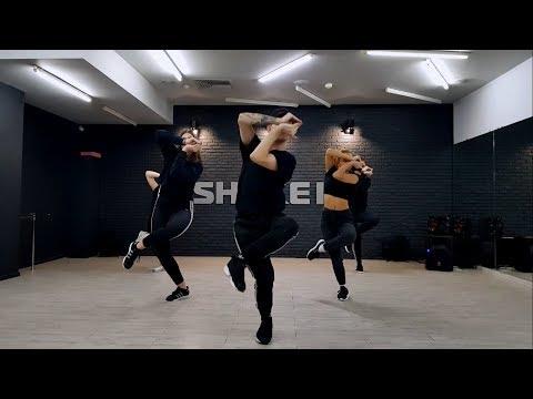 Djaba Mizrahi presents   Vogue choreo ARMS CONTROL   DELLUX