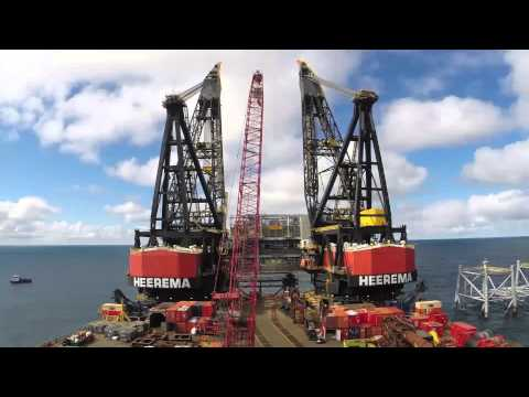 Clair Ridge - 30 second timelapse of topsides installation