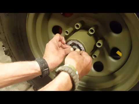 Dana 60 35 spline Warn hub installation  Dodge M37