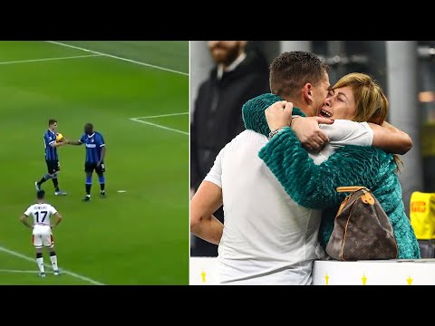 ЛУКАКУ ОТКАЗАЛСЯ БИТЬ ПЕНАЛЬТИ, чтобы 17-летний пацан забил гол и отпраздновал с мамой!