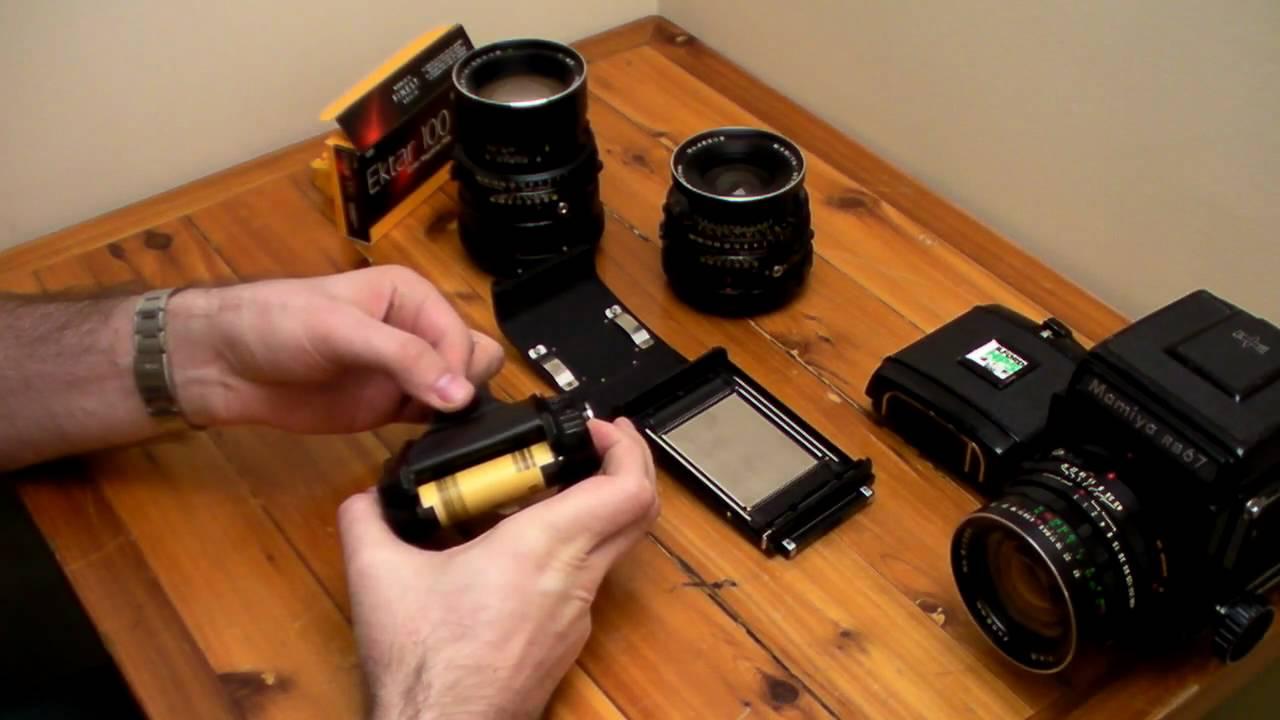Mamiya RB67 Pro film loading