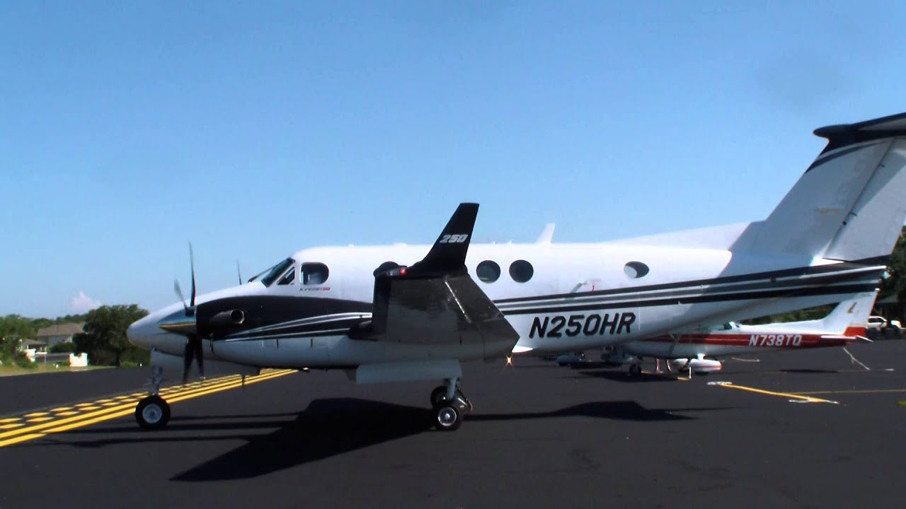 RARE* King Air 250 start up and takeoff from Lakeway Airpark - YouTube