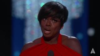 Download Viola Davis wins Best Supporting Actress Mp3 and Videos