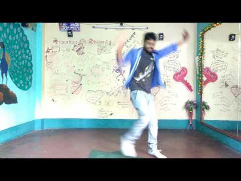 Tu hi ha Chaamp Dance video ! Dev !...