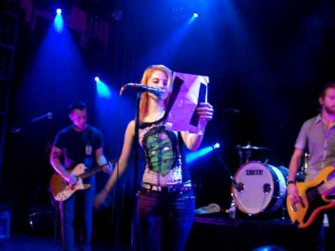 Paramore - Long Distance Call Cover + Birthday wishes Islington Academy HQ 07.09.09 Phoenix