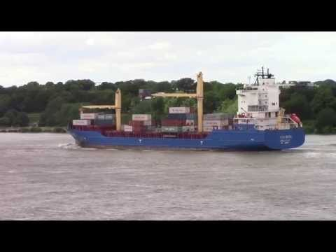 Container Ship SUDEROOG departing Hamburg, Germany on the Elbe River (June 15, 2015)