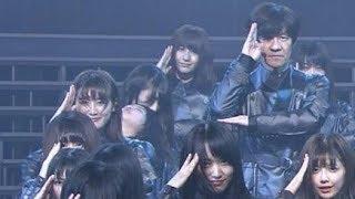 欅坂46のメンバー3人が過呼吸のような状態になり倒れ込むハプニング...