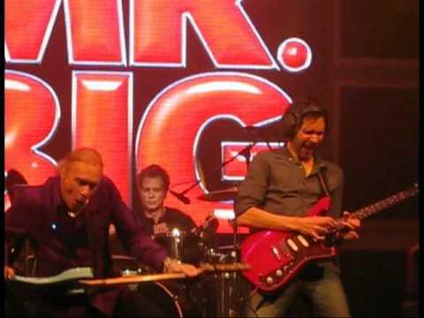 MR. BIG Alive and Kickin (Lima Peru) 2011