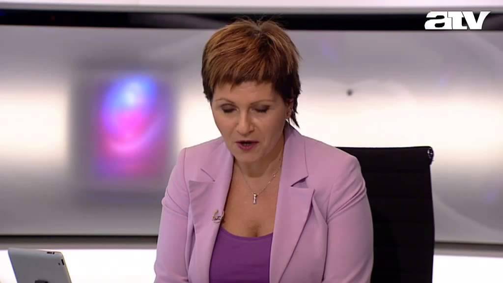 Kálmán Olga vs. Fiala János - YouTube