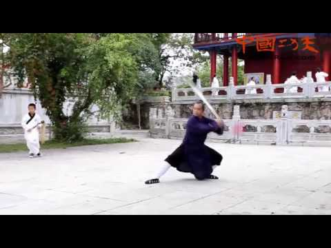 learn kung fu wudang mountains---- wudang tai chi sword practice