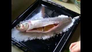 Рецепт - Рыба запеченная в соли ( быстро и очень вкусно )