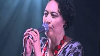 Sandy Mill performing Tyna Keelan