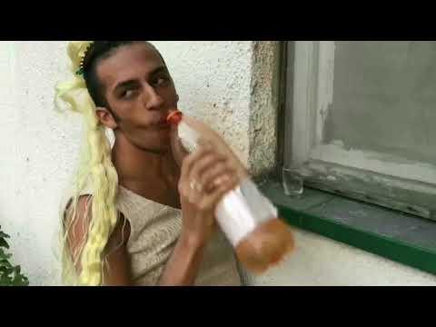 Milica Todorovic  feat. Mc Yankoo- Ljubi me budalo (parody)