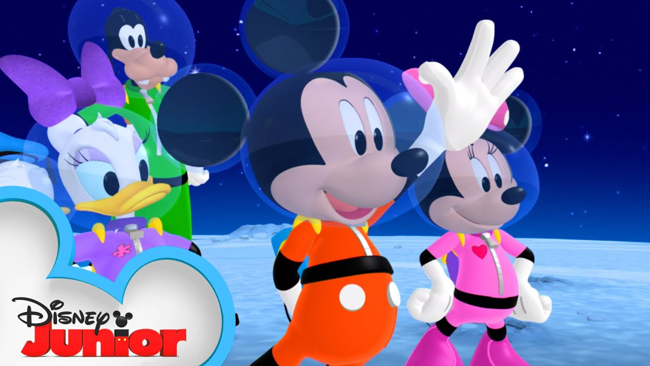 Mickey And Friends Go To The Moon Mickey Mornings Mickey Mouse Clubhouse Disney Junior Youtube