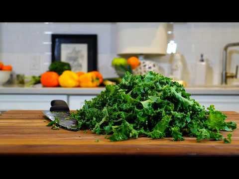 HOW TO CUT KALE FOR SALADS