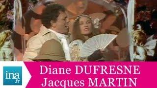 """Jacques Martin et Diane Dufresne """"Sous les Palétuviers"""" (live officiel) - Archive INA"""