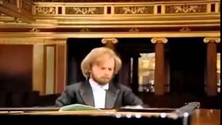 Zimerman performs Beethoven Piano Concerto #1, Movement 1, Allegro con Brio