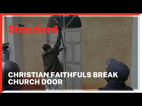 Angry Christian faithfuls break church door after being locked out of Yala ACK church by clergy