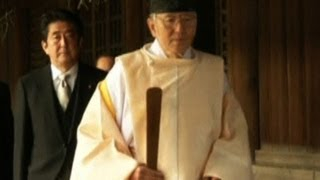 Japanese prime minister makes controversial shrine visit