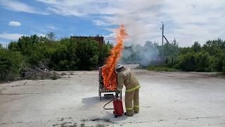 видео Огнетушитель ОП-25(з)-АВСЕ МИГ | Купить по выгодной цене в АЛАРМ 01 | Порошковый | Пожтехника | Передвижной | Сертификаты | Паспорт