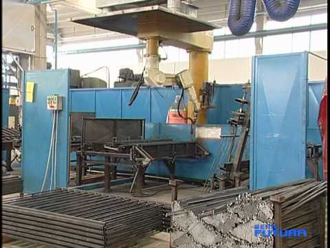 Cancelli monoblocco serie futura l 39 innovazione youtube for Cancello telescopico