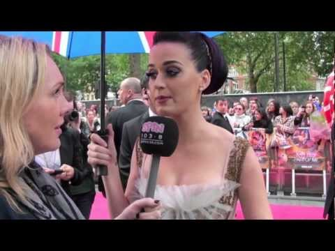 Katy Perry - Part of Me - London Premier Red Carpet -  Behind the Scenes on The Pink Carpet