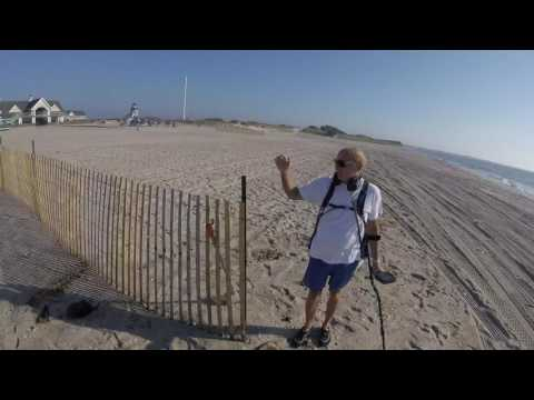 Hunting the Beach On Long Island NY Oct. 18th 2016