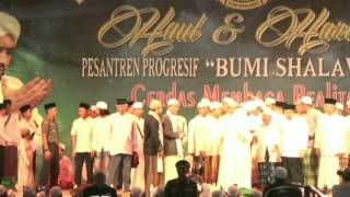 Video Terbaru!! Full Habib Syech Live Pesantren Progresif Bumi Sholawat 22 Mei 2017 download MP3, 3GP, MP4, WEBM, AVI, FLV Desember 2017