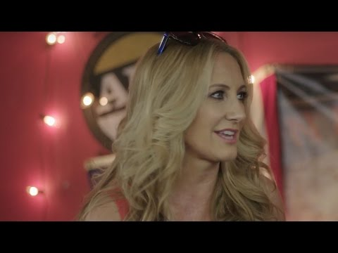 "Lee Ann Womack in ""The Thacker Chronicles"""