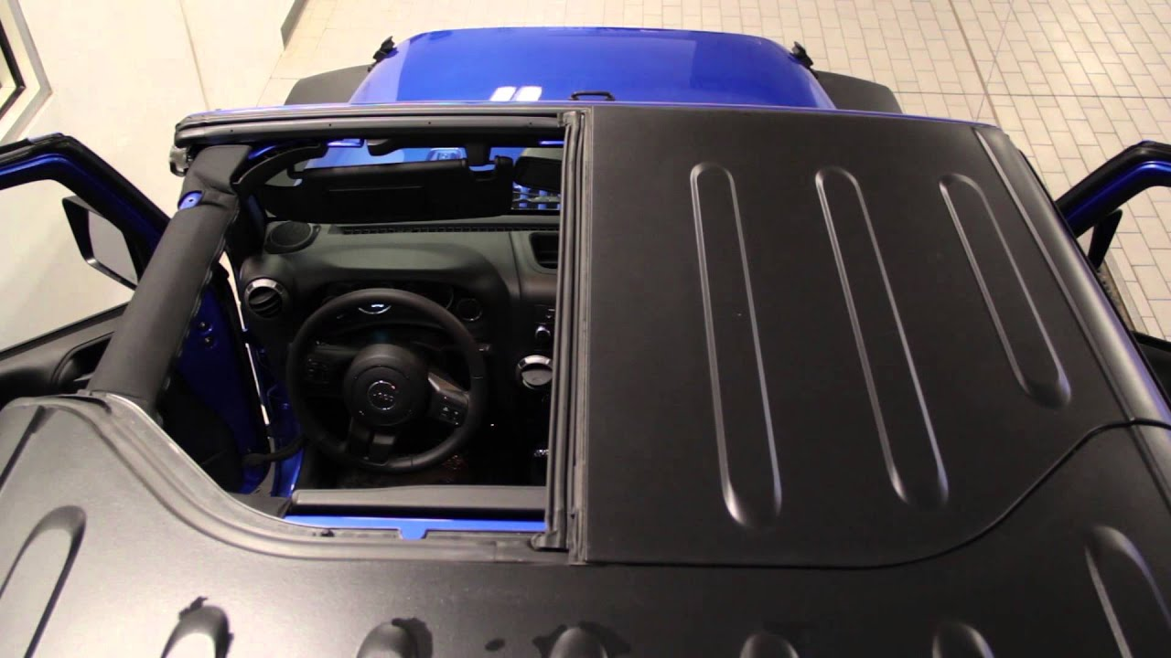 Remove Hard Top Panels 2015 Jeep Wrangler Sam Leman
