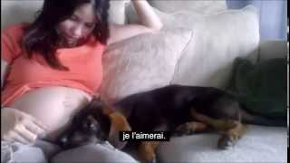 Repeat youtube video FEMME ENCEINTE AVEC SON CHIEN