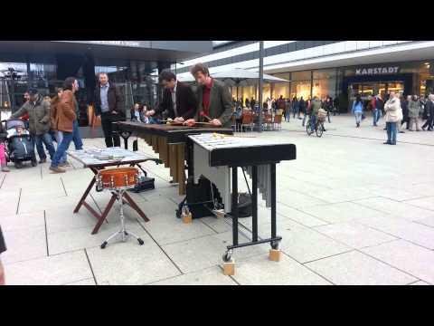 street music frankfurt zeil germany
