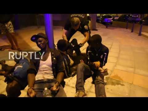 Spain: Dozens injured as hundreds of migrants storm Ceuta border fence