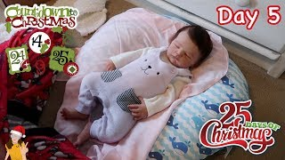 Reborn Countdown to Christmas! Changing Baby Naomi - Day 5 | Kelli Maple