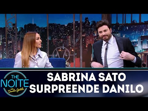Sabrina Sato surpreende Danilo Gentili | The Noite (05/04/18)
