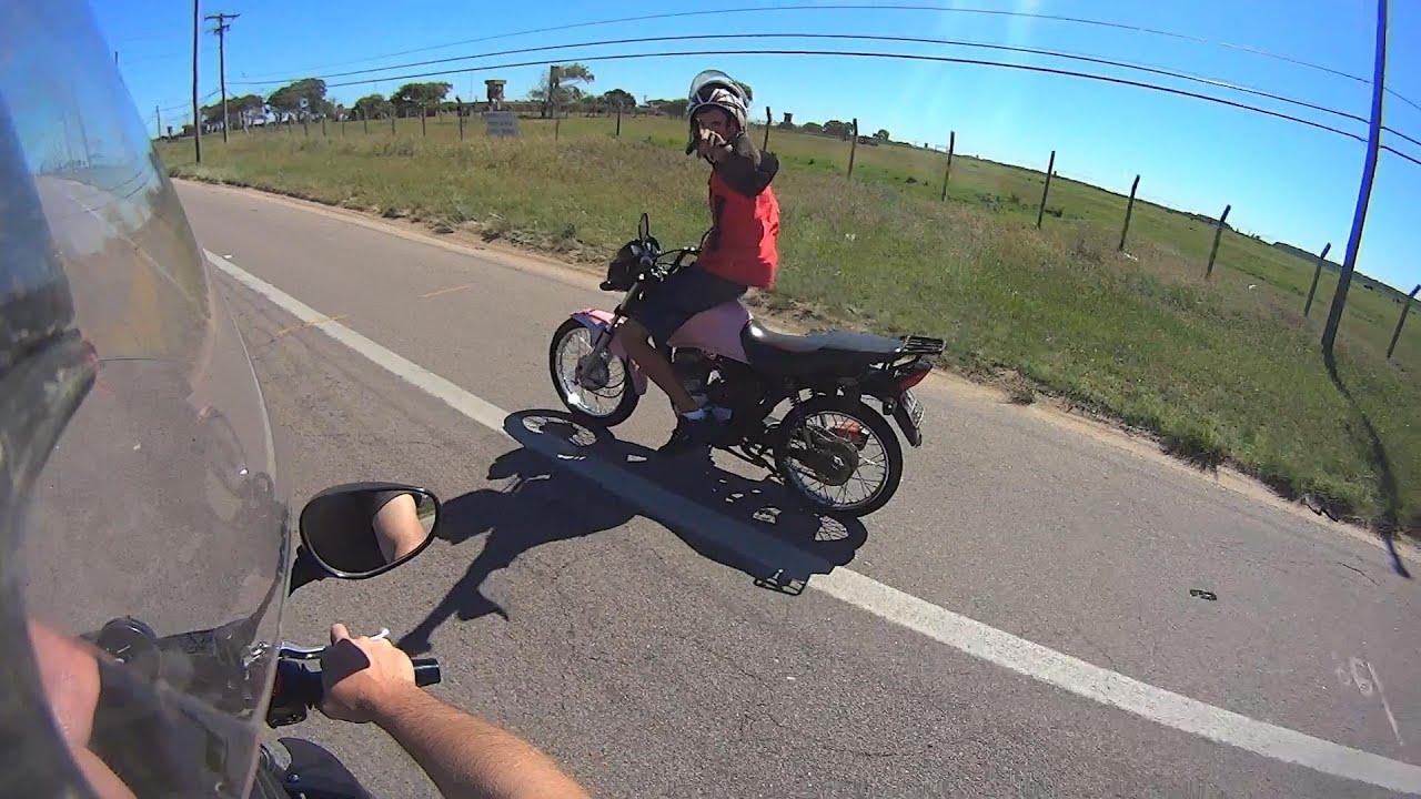 Quando o pneu da moto fura