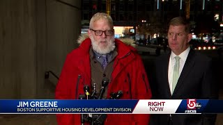 At-risk workers check on homeless during frigid night
